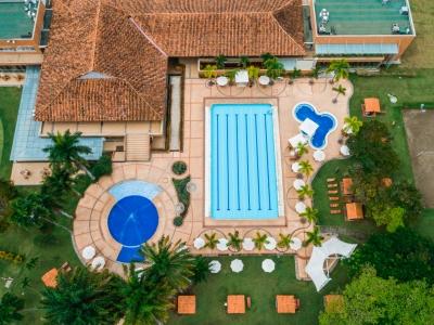 Área de piscinas